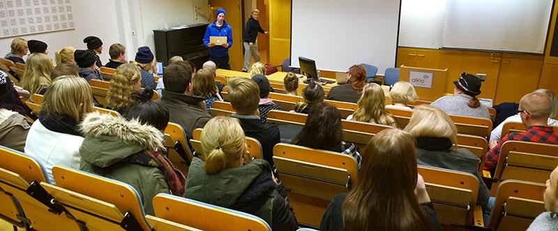 Luentosali Jyväskylän kampuksella