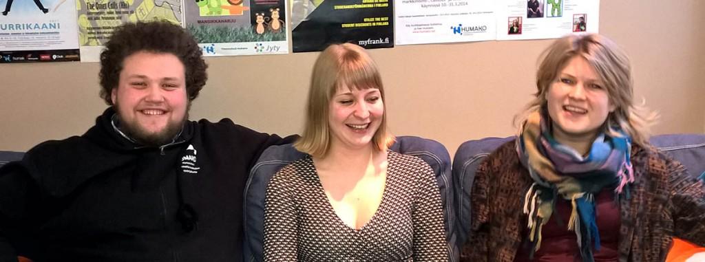Theo, Salla ja Juulia suosittelevat Humakia opiskelupaikaksi niille jotka pitävät tekemisestä