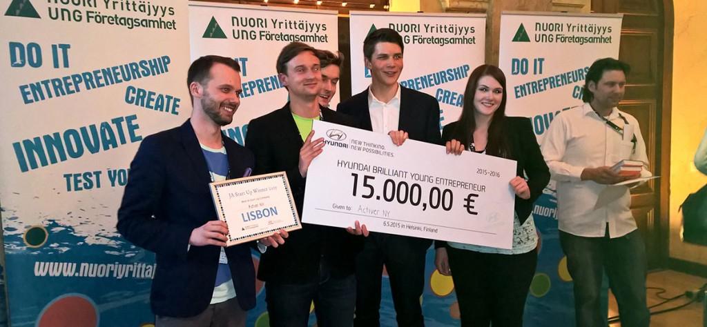 Hyundai Brillilant Young Entrepreneur reward