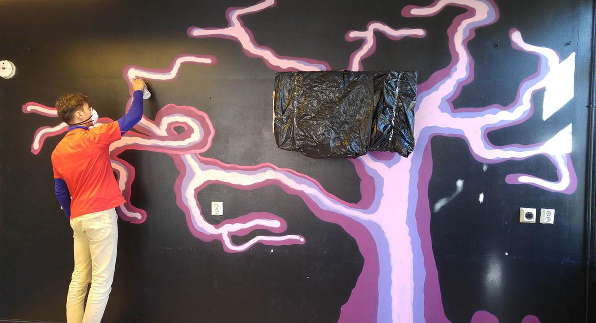 #Nuoristyöviikko toi Runosmäelle puun