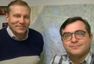 Johtaja Jukka Määttä ja aluekoordinaatori Kari Keuru Joensuun kampuksen viimeisissä valmistujaisissa
