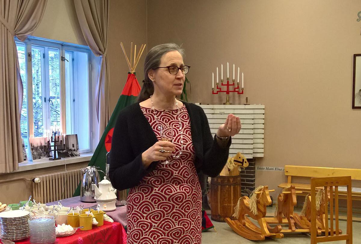 Kirjan toinen toimittaja professori Marjatta Takala