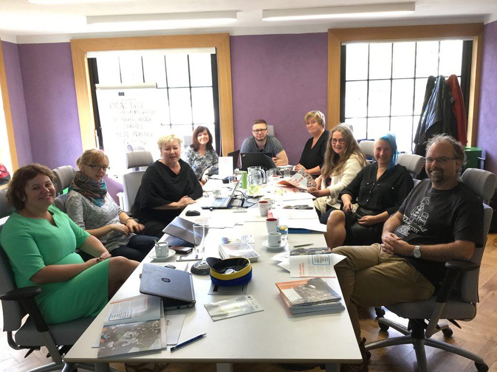 Practice organisation in youth work studies