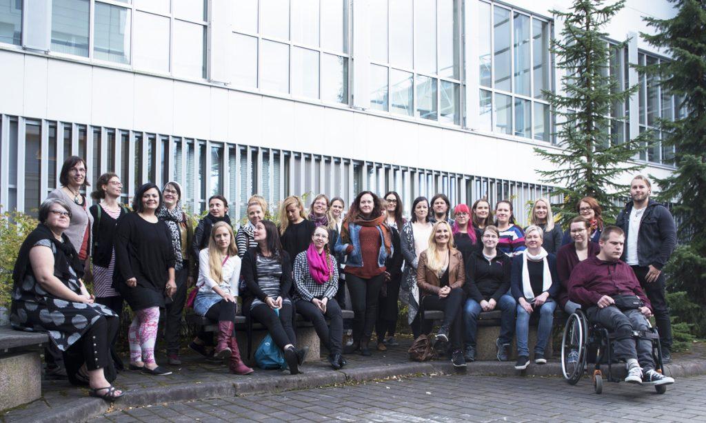 Kulttuurituotannon Tampereen monimuotoryhmässä on monenlaista osaamista