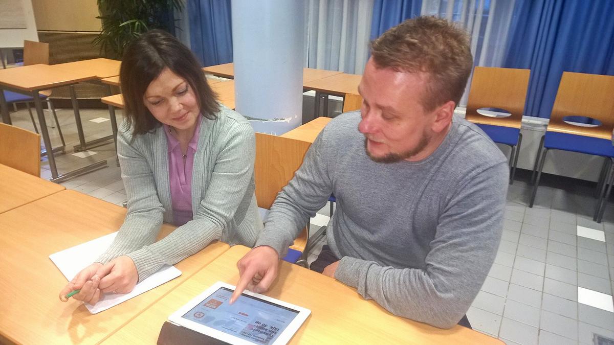 TYKE opiskelijat Hanna Halme ja Aimo Walamies