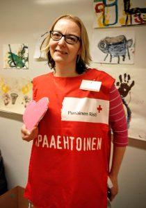Katri Mäki kehitti vapaaehtoistyötä vastaanottokeskuksessa