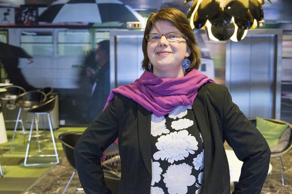 Eläinoikeusaktivistit aiheena Pia Lundbomilla
