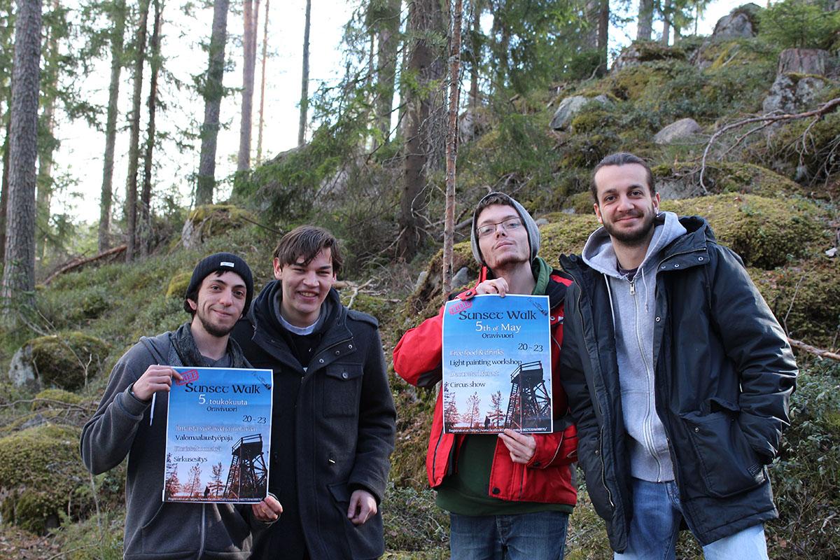 Maailmanperintökohde kiinnostaa vaihto-opiskelijoita. Kuvassa Amaury, Tom, Frederic ja Paul Humakista.