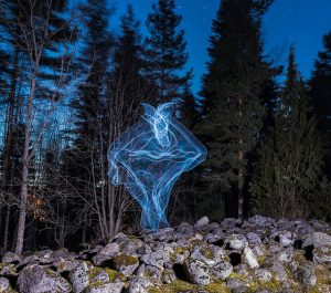 Valomaalaus: Kirsi MacKenzie, Erkki Penttilä Kuva: Jani Hannuksela