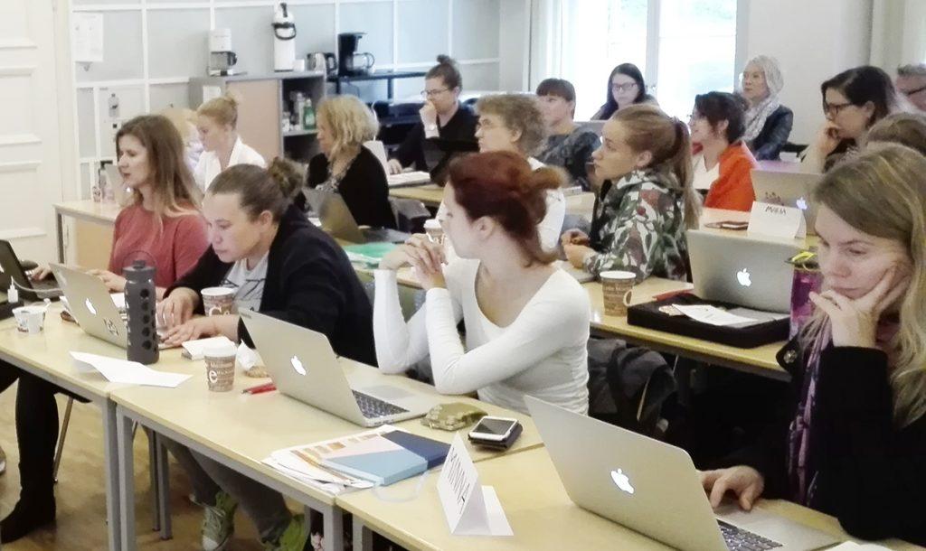 Kulttuurituottajaopiskelijoita MOnimuoto 2017 KAU