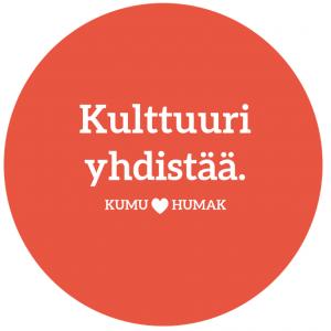"""Punainen pallo, jossa teksti """"Kullttuuri yhdistää, KUMU loves HUMAK""""."""