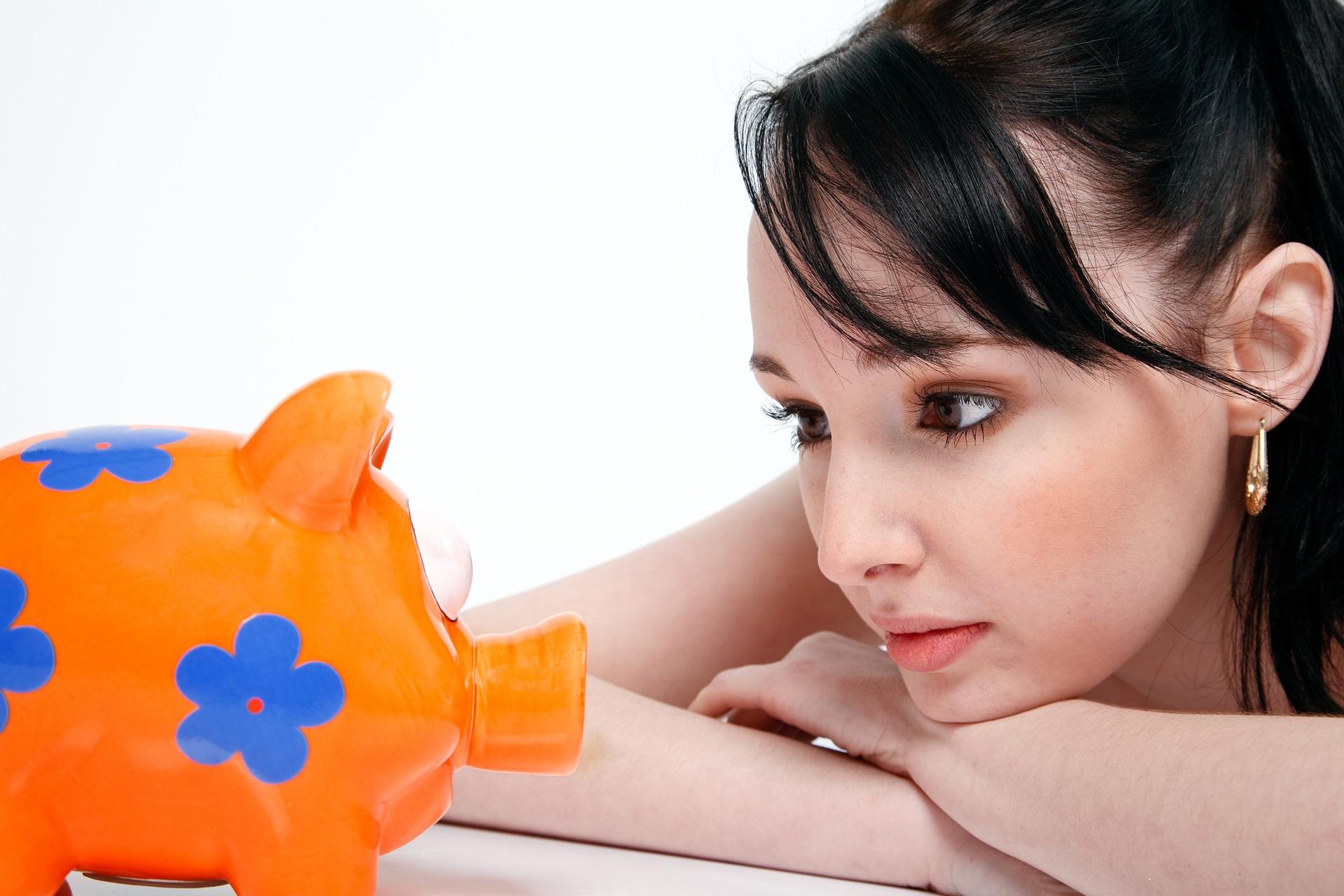 Säästäminen voi olla vaikeaa heikossa taloudellisessa tilanteessa