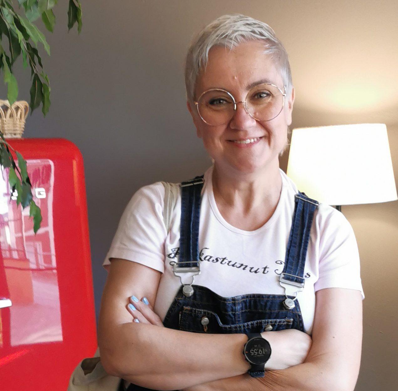 """Yksi asia johtaa seuraavaan – kulttuurituottaja (YAMK) Riikka Hjelt: """" Teen nyt just sitä mitä haluan tehdä."""""""